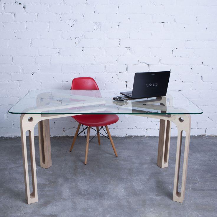 Sedoviko TDS1 table, birch plywood, stainless steel, tempered glass. Стол Sedoviko TDS1 1400х800х760 мм из березовой фанеры и закаленного стекла. Минималистский дизайн, крепкая конструкция, фирменные соединения типа «пазл».