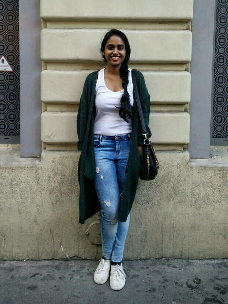 #fall#emeraldgreen#jumper#whitetanktop#distresseddenims#paris