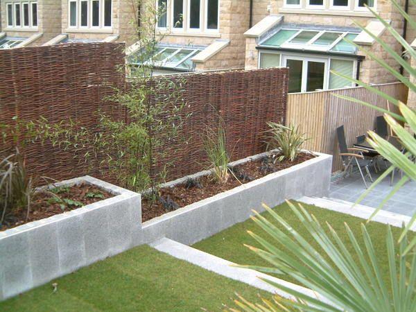 Modern split levelled entertaining area | Olive Garden Design and Landscaping