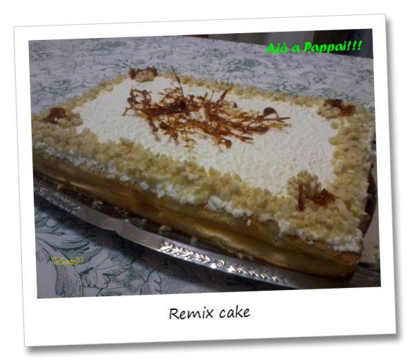 """Remix cake. Ho creato questo dolce per l'anniversario di matrimonio dei miei genitori. """"Remix cake""""? Perché è nata dall'unione dei loro dolci preferiti. I created this cake for the wedding anniversary of my parents. """"Remix cake""""? Because it's born from the union of their favorite desserts."""