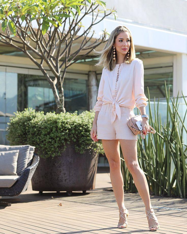 Look da Helena Lunardelli: shorts + camisa rose quartz. Confortável, feminino, delicado e muito elegante ao mesmo tempo!