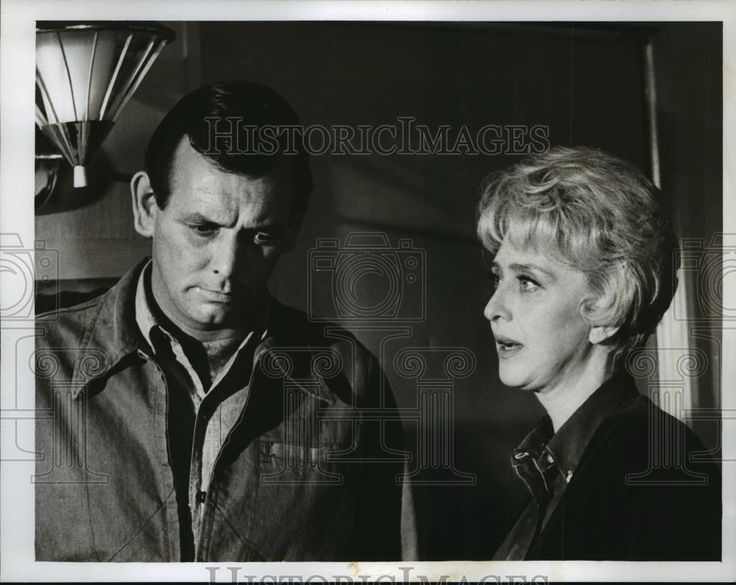 "Press Photo Actor David Janssen, Celeste Holm on ""The Fugitive"" ABC TV"