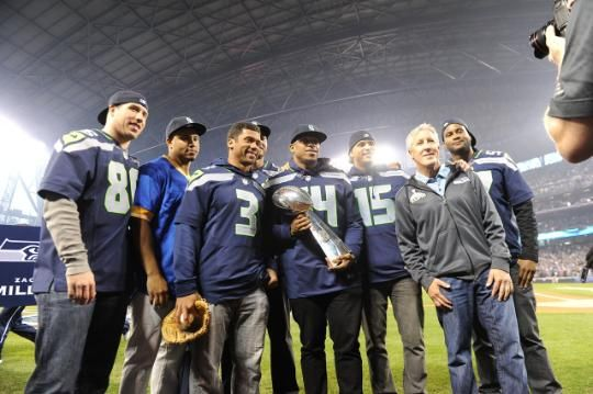 Photo Gallery - Seahawks Honored at Mariners Opener