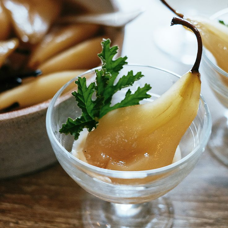 Poached Pears in Muscat Wine