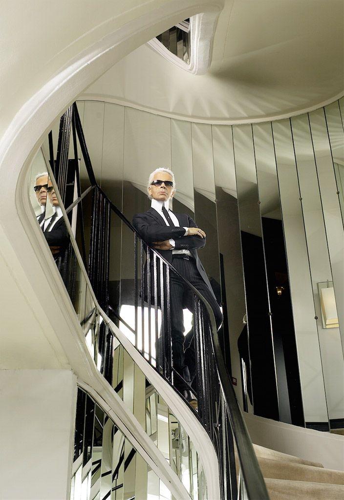 Selbstporträt von Karl Lagerfeld