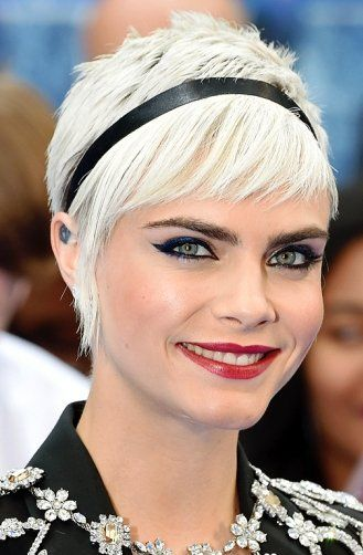 A chic headband - click through for more holiday beauty ideas