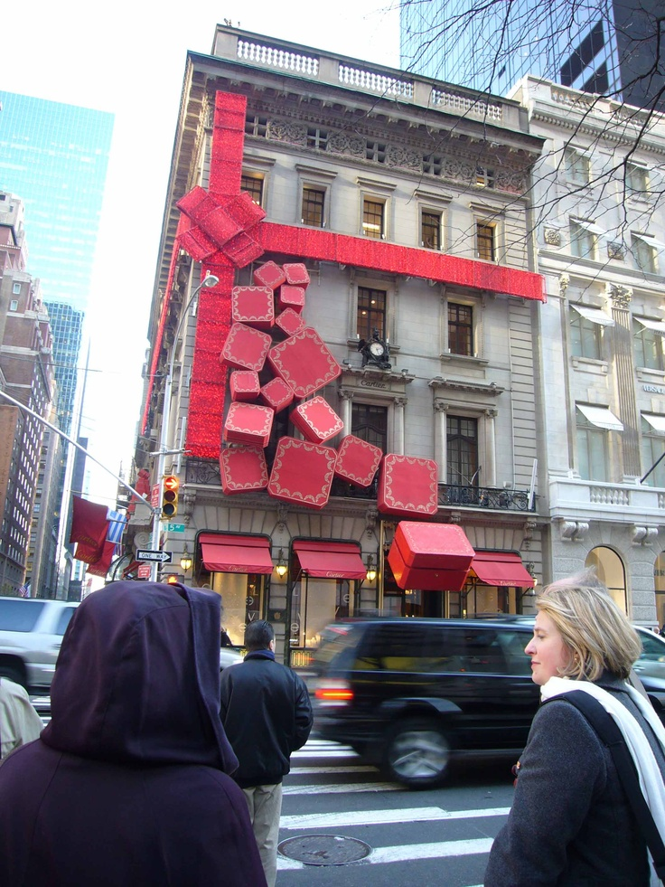 Cartier Christmas display (photo by Siobhan Thakur): Display Photos, Christmas Display