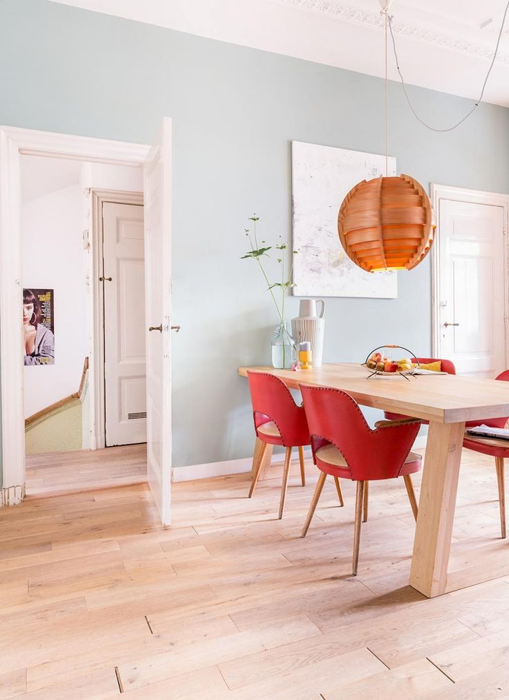 interior inspiration   Herenhuis uit 1902 in Den Haag   via @vtwonen   Bron: vtwonen 13-2015   Fotografie Hans Mossel   Styling Sabine Burkunk   Tekst Carla Robben