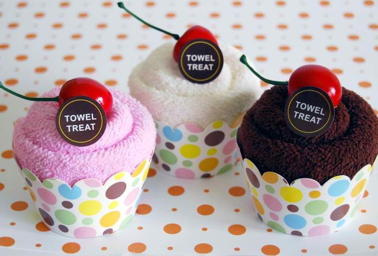 Cup Cake Towel Favors