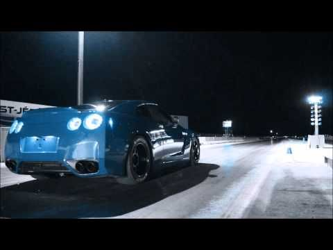 Nissan GTR 2009 Stock turbos running very Fast