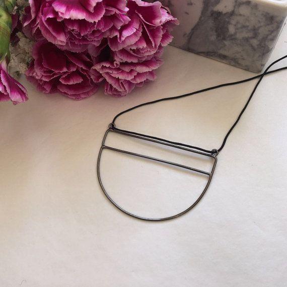 Long geometric necklace for women black necklaces half