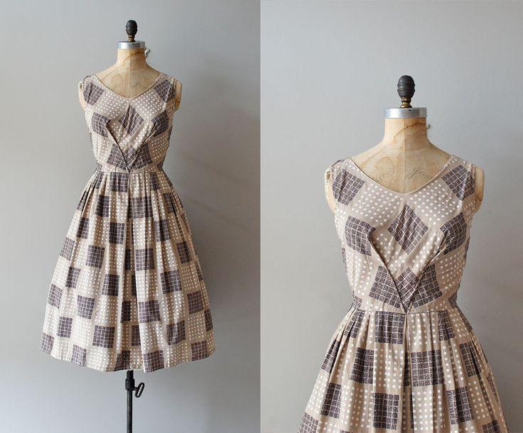 r e s e r v e d1950s dress / 50s dress / Pattern by DearGolden. $144.00, via Etsy.: Dress Patterns, Sewing, D1950S Dress, 1950S Dresses, Pattern Door, Door Deargolden, D 1950S Dress, Dressmaking Ideas