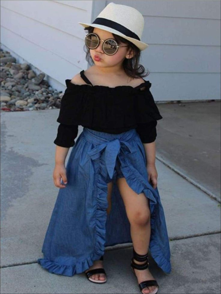 Cute Little Girls Outfits, Dresses Kids Girl, Kids Outfits Girls, Stylish Baby Girls, Shorts For Girls, Cute Baby Outfits, Kids Girls, Girls Denim Dress, Cute Baby Dresses