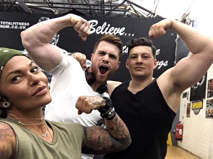 #SQUADGOALS  This picture probably means nothing for you for me brings epic memories... #tbt to epic times at @emporiumgym with @jtfitt and @alexferentinos7