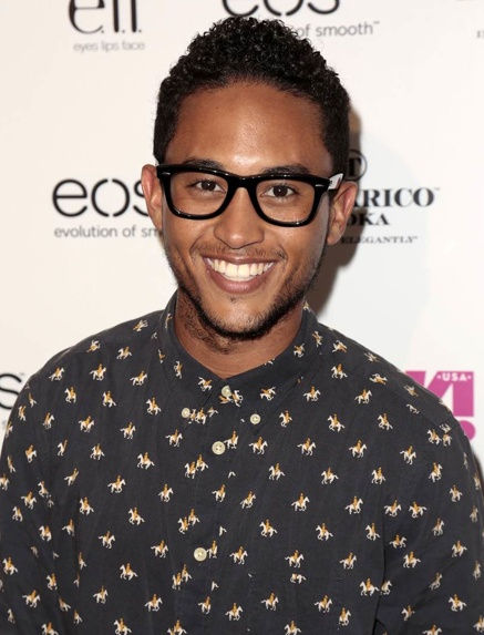 Mixed People Monday - Tahj Mowry The actor has a black Bahamian mother and a white British father.
