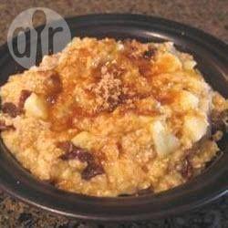 Photo recette : Porridge aux pommes, à la banane et aux raisins secs