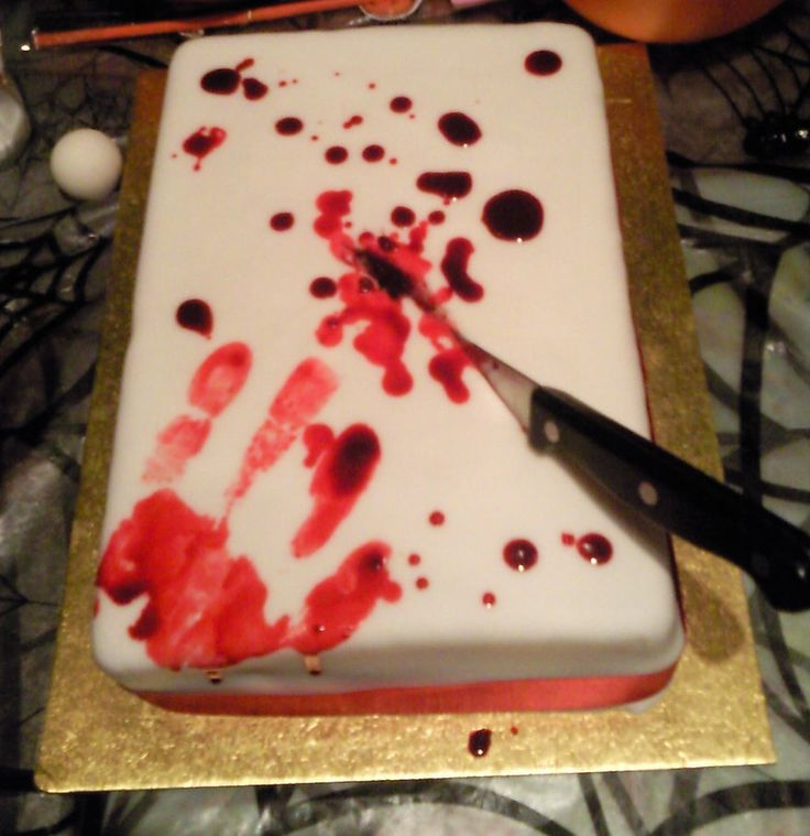 great cake decorating idea for a halloween party - Halloween Cake Decoration Ideas
