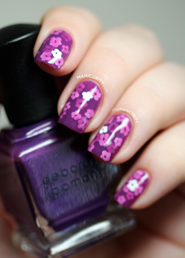 Purple Pond Manicure - a jelly sandwich with tiny flowers layered in delicious purple jelly polish! | Manicurity.com