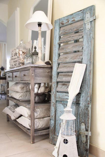 Make This Shuttervintage Shutter Decor Leaning On Walllove The Rustic Beach House