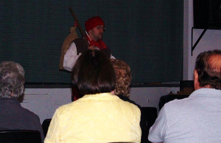 Festival de Théâtre amateur d'Esprit-Saint, les 29, 30 et 31 août 2014. Les contes du Quêteux présenter par M. Francois Lafond.
