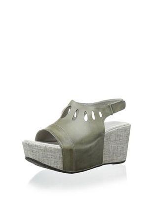 40% OFF Antelope Women's Teardrop Cut-Out Sandal (Grey)
