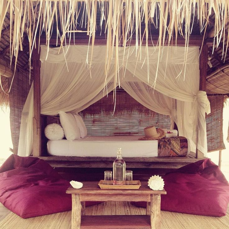 "📷 @eucalypto_art ""Yes yes yes yes yes yes yes! 🙌🏽 #Lombok #Indonesia #giliasahan #giliasahanecolodge #wanderlust #islandvibes #island #isla #bale #bohemian #love #palm #thatch #beachy #gypsylife #eucalypto_art #eucalypto"" #regram #passportready #ecofriendly #ecoliving #wonderful_places #seetheworld"