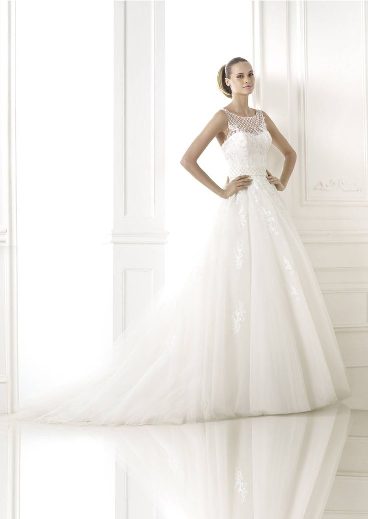 Branca by Pronovias Pre-Collection 3.