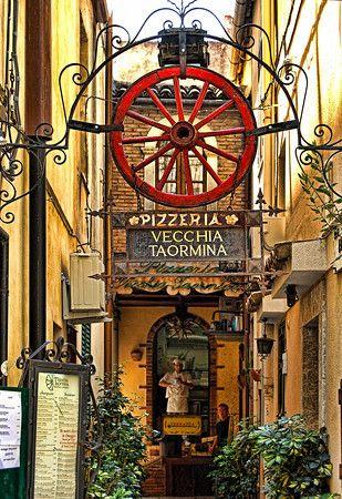 Pizzeria Vecchia, Taormina, Sicily #taormina #sicilia #sicily