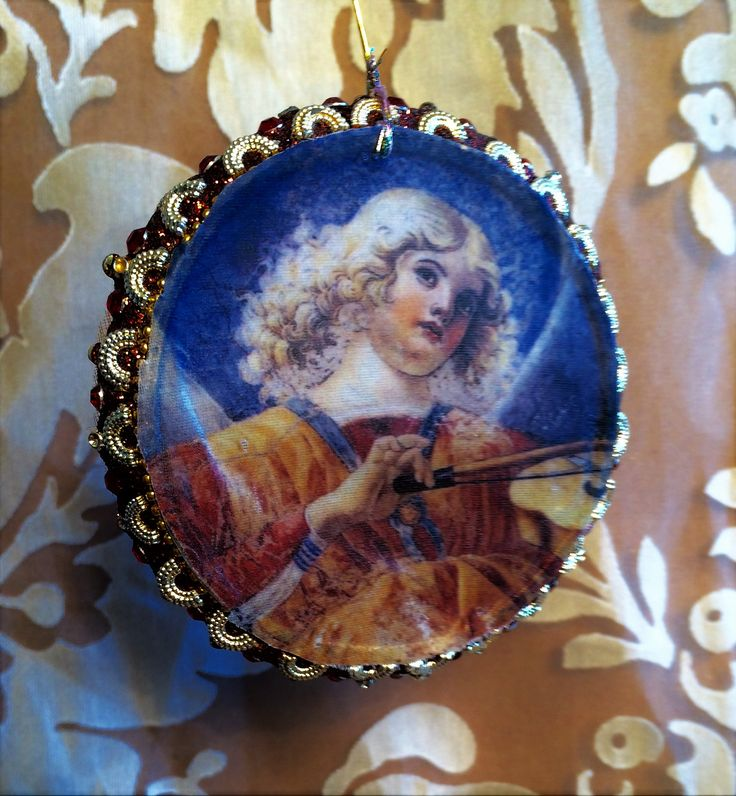 Angel musician on a beaded circle- 3 x 3 ""
