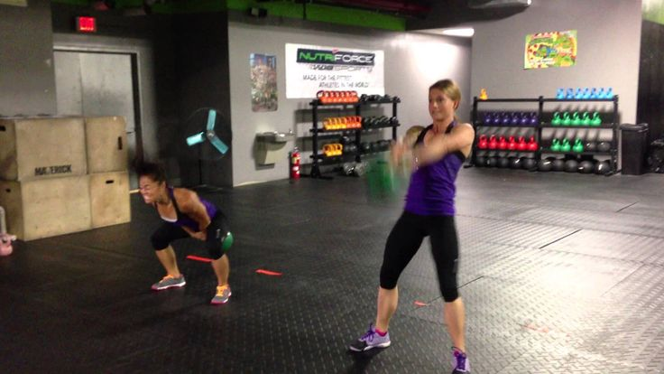 Reebok CrossFit One wod with Christmas Abbott & Annie Sakamoto