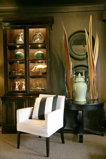 JOHN JACOB INTERIORS - Showroom