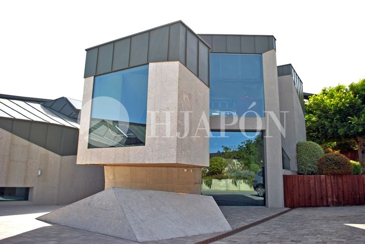 A custom-designed house with spectacular views of the sea, for sale in Sant Andreu de Llavaneres
