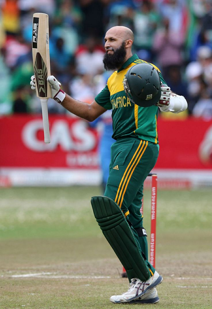 Hashim Amla struck eight fours during his 100, South Africa v India, 2nd ODI, Durban, December 8, 2013