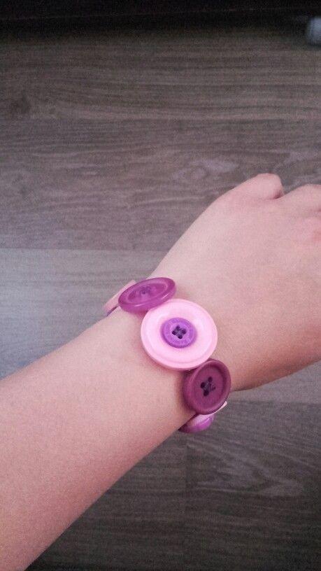 Bracelet en boutons