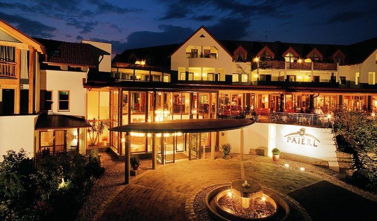 Das Hotel Thermenhof Paierl ist eines der führenden Ayurveda- & Wellnesshotels in Österreich und steht für erstklassige Kulinarik, familiäres Ambiente und steirische Herzlichkeit.