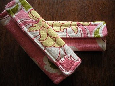 Simple Car Seat Strap Covers - DIY @Carla Gentry Holasek Could you make these for baby?