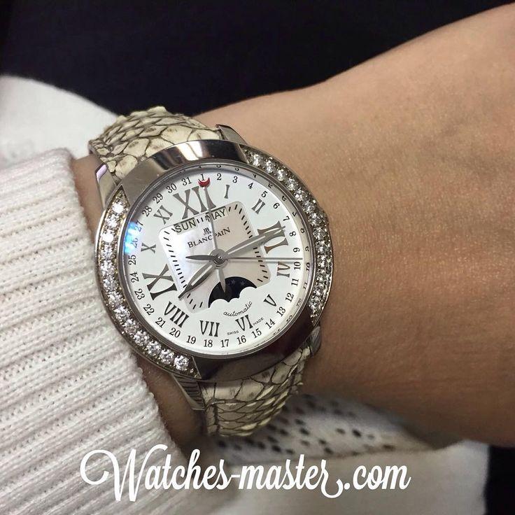 Perfect Blancpain, amazing foto!  #luxury #blancpain #diamond -  - швейцарские женские наручные часы на руке - белые часы @watches_master