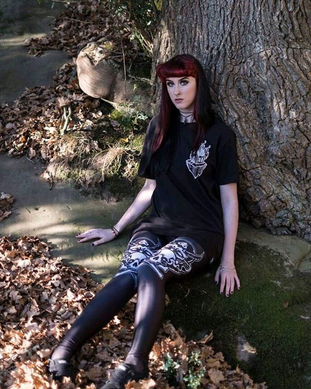 """Light The Way"" Long Tee & CRMC X @julianakbar ""Satan's Waitin'"" Leggings Available at www.crmc-clothing.co.uk | WE SHIP WORLDWIDE Model - @pleasure0fsin Photography - @adrianspinksphotography #darkwear #blasphemy #blackwear #satan #lighttheway #altfashion #alternative #instafashion #fashionstatement #fashiongram #fashionista #instastyle #stylegram #burningchurch #modelsofig #blackmetal #churchburning #styles #style #alternativeguy #alternativeboy #alternativegirl #alternativeteen…"