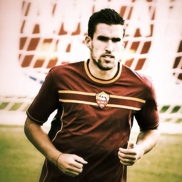 Kevin Strootman - AS Roma http://asr1927news.blogspot.it/
