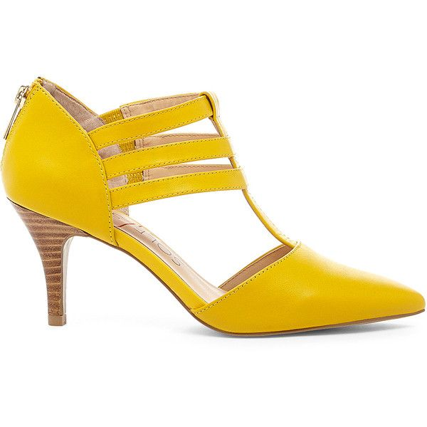 Sole Society Mallory T-Strap Pump (1.564.780 VND) ❤ liked on Polyvore featuring shoes, pumps, mustard, mustard shoes, stretch leather shoes, pointed-toe pumps, sole society shoes and leather pointed toe pumps