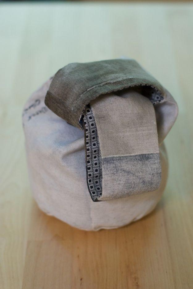 Japanese knot bag (pattern at Helenheath.com)