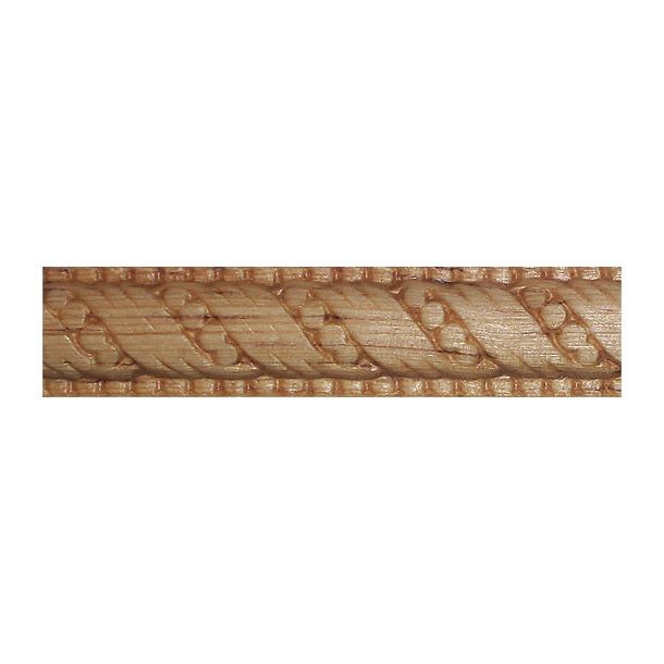 Moldura de madera solida de pino ponderosa estufada. Fácil de instalar. Se puede utilizar como cenefas. Zoclos y para darle y para darle realce y elegancia a muebles y a toda superficie plana que desee el usuario. Medidas: Largo: 79 cm. Ancho: 210 cm. Profundidad: 1.42 cm. Material: madera. Color: natural. Peso.1489 kg.