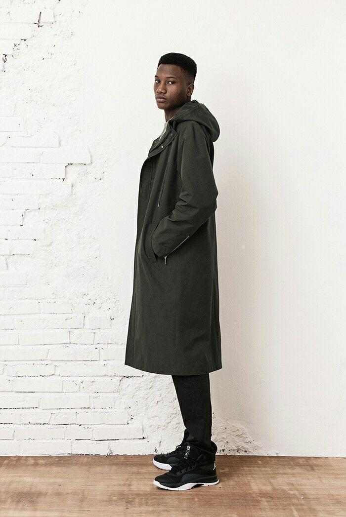 BERKHAN rain long fit hood coat and jordan black mid basketball shoes