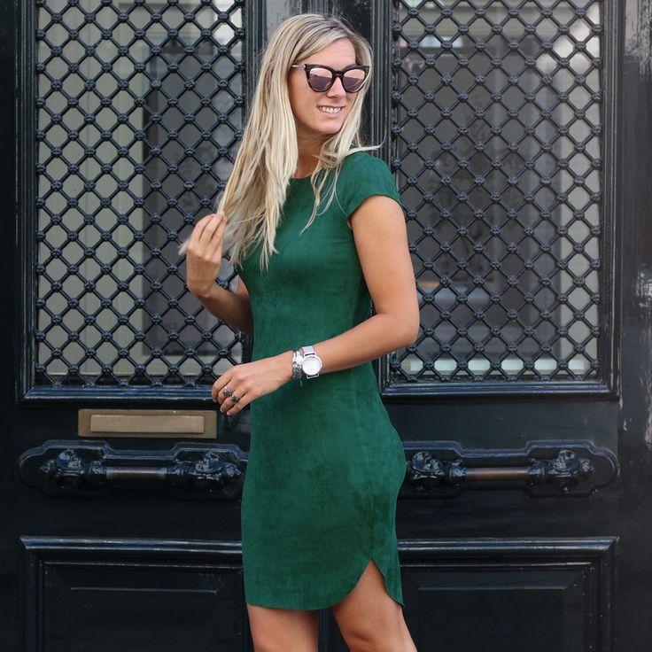 Jurkje suedine groen, Suedine dress