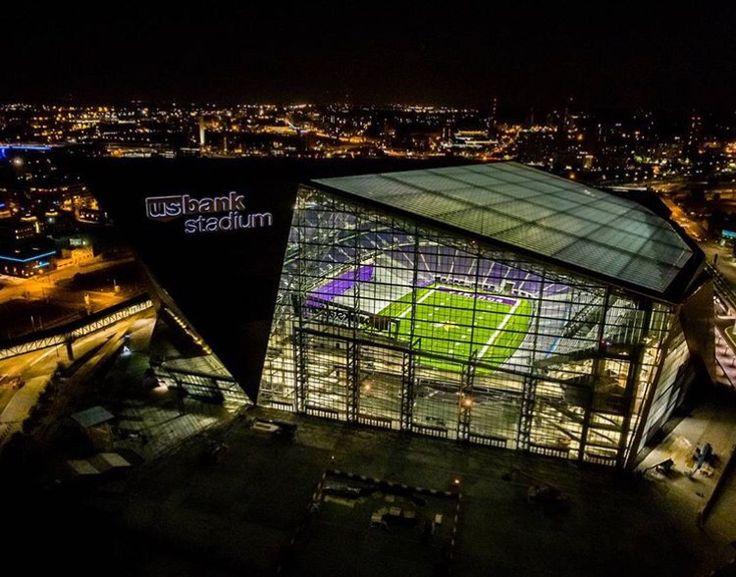 US Bank/Vikings Stadium by Mark Goodman