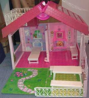 Barbie Fold Up House you grew up in the 90's