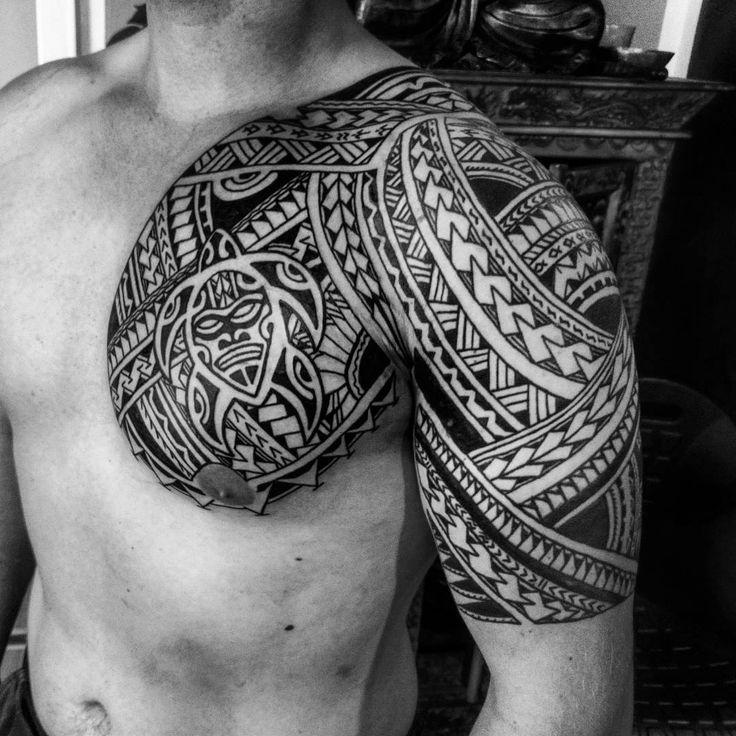 Freehand... #tattoo #tattoos #tatau #tattoomaori #maori #maoritattoos #maoritattoo #maoriturtle #traditionaltattoos #tradworkerssubmission…