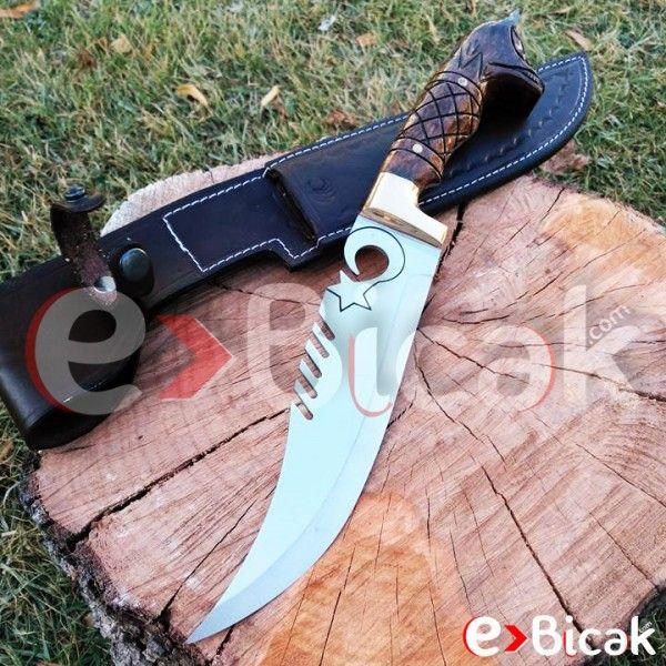 Kurt Başlı Ay Yıldız Bıçağını incelemeyi unutmayın!  https://www.ebicak.com/yatagan-kurt-basli-ay-yildiz-bicagi  Av bıçakları, kamp bıçakları, mutfak bıçakları, kasap ve kurban bıçaklarının yanı sıra; koleksiyonluk bıçaklar ve harika hediyeler de eBicak.com'da