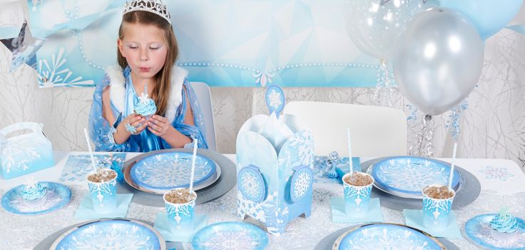 How To Create A Stunning Winter Wonderland Birthday Party!