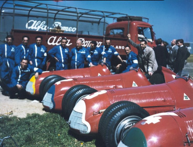 Team Alfa Corse / SA Alfa Romeo. 1 Juan Manuel Fangio, 2 Nino Farina 3 Luigi Fagioli 4 Reg Parnell.
